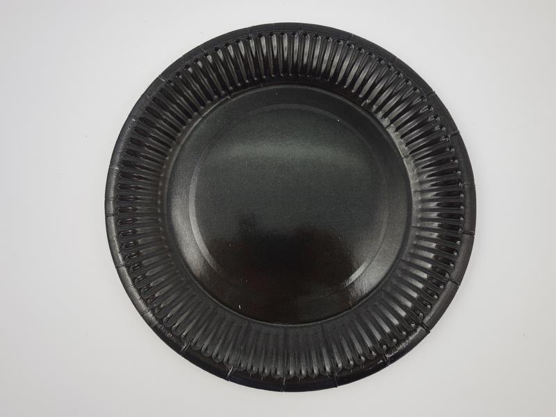 Talerz papierowy kolor czarny 17,5cml A`10