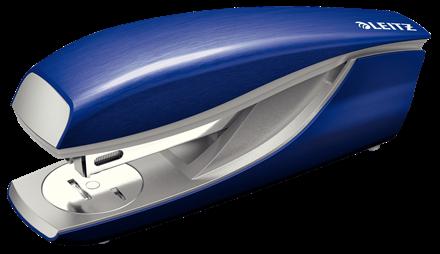 Zszywacz biurowy średni metalowy Leitz NeXXt Style niebieski do 30 kartek
